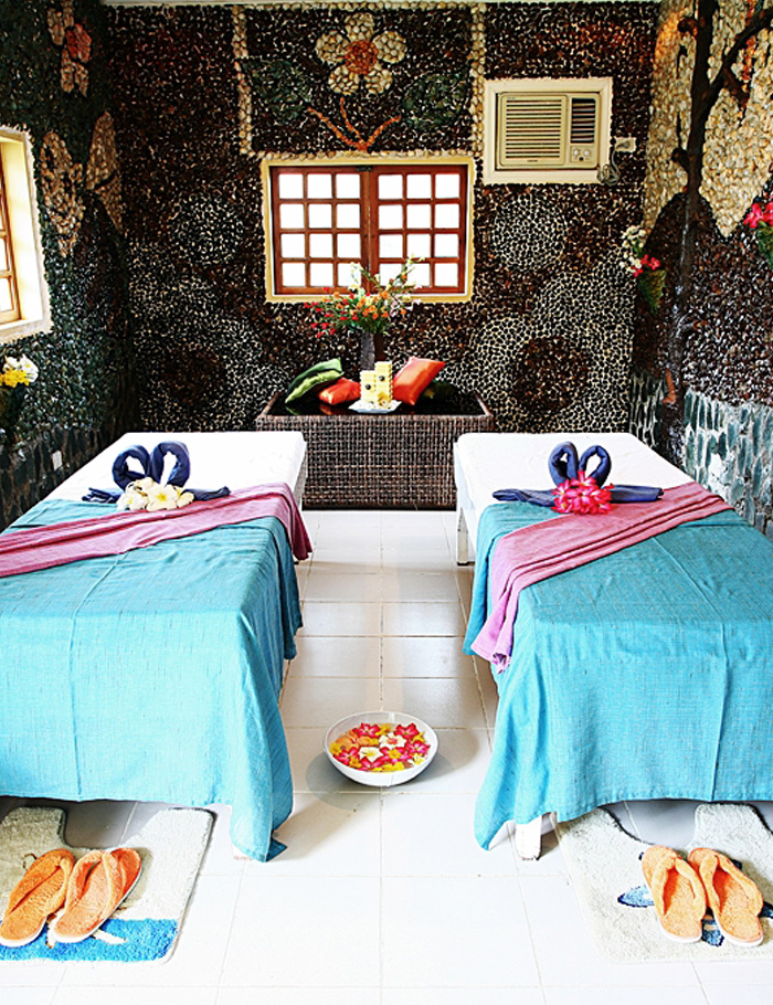 alfhein resort massage room